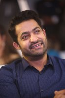 Jr-NTR-at-Ee-Maaya-Peremito-Audio-Launch-Stills-(2)