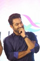 Jr-NTR-at-Ee-Maaya-Peremito-Audio-Launch-Stills-(4)