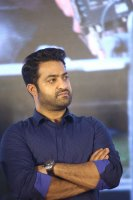 Jr-NTR-at-Ee-Maaya-Peremito-Audio-Launch-Stills-(6)