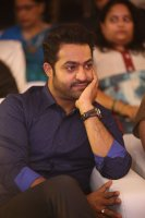 Jr-NTR-at-Ee-Maaya-Peremito-Audio-Launch-Stills-(9)