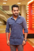 Jr-NTR-at-Naa-Nuvve-Pre-Release-Event-Photos-(3)