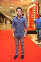 Jr-NTR-at-Naa-Nuvve-Pre-Release-Event-Photos-(6)