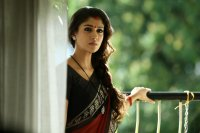 Actress-Nayanthara-photos-(17)
