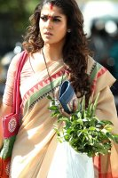 Actress-Nayanthara-photos-(23)