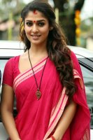 Actress-Nayanthara-photos-(27)