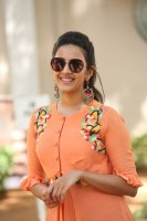 Niharika-Konidela-at-Happy-Wedding-Trailer-Launch-Photos-(6)