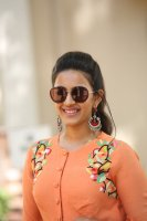 Niharika-Konidela-at-Happy-Wedding-Trailer-Launch-Photos-(7)