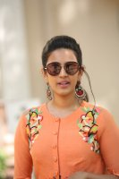 Niharika-Konidela-at-Happy-Wedding-Trailer-Launch-Photos-(8)