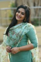 Prayaga-Martin-Latest-Stills-(2)
