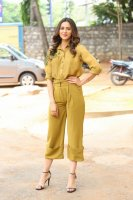 Rakul-Preet-Singh-at-Wife-of-Ram-Trailer-Launch-Photos-(16)