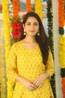 Ruhani-Sharma-at-Chi-La-Sow-Movie-Opening-Stills-(1)