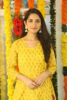 Ruhani-Sharma-at-Chi-La-Sow-Movie-Opening-Stills-(2)