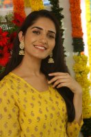 Ruhani-Sharma-at-Chi-La-Sow-Movie-Opening-Stills-(6)