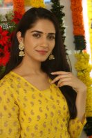Ruhani-Sharma-at-Chi-La-Sow-Movie-Opening-Stills-(7)