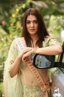 Sakshi-Chaudhary-at-Oollo-Pelliki-Kukkala-Hadavidi-Audio-Launch-Photos--(13)