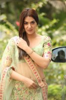 Sakshi-Chaudhary-at-Oollo-Pelliki-Kukkala-Hadavidi-Audio-Launch-Photos--(39)