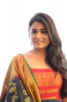 Shalini-Pandey-New-Stills-(9)