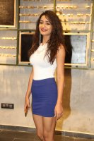 Simran-Gupta-Stills-at-at-Launch-Of-Celeb-Konect-(19)