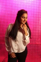 Pottu-Actress-Srushti-Dange-Stills-(4)