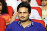 Sudheer-Babu-at-Spyder-Pre-Release-Event-Pics-(2)