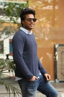 Sundeep-Kishan-New-Interview-Stills-(10)
