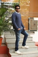 Sundeep-Kishan-New-Interview-Stills-(11)