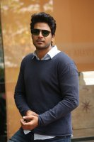 Sundeep-Kishan-New-Interview-Stills-(13)
