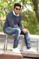 Sundeep-Kishan-New-Interview-Stills-(2)