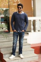 Sundeep-Kishan-New-Interview-Stills-(20)