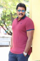 Sunil-Ungarala-Rambabu-Interview-Stills-(24)