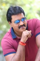 Sunil-Ungarala-Rambabu-Interview-Stills-(32)