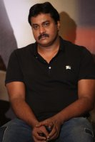 Sunil-at-Aravinda-Sametha-Movie-Press-Meet-Photos-(1)