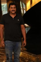 Sunil-at-Aravinda-Sametha-Movie-Press-Meet-Photos-(2)