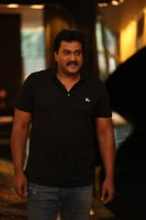 Sunil-at-Aravinda-Sametha-Movie-Press-Meet-Photos-(4)
