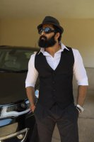 Unni-Mukundan-Latest-Photos-(4)