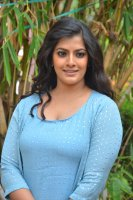 Varalaxmi-at-Mr-Chandramouli-Press-Meet-Stills-(2)