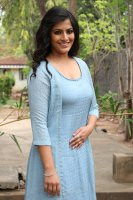 Varalaxmi-at-Mr-Chandramouli-Press-Meet-Stills-(3)