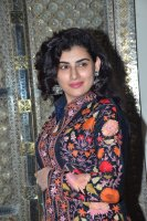 Veda-Sastry-Latest-Images-(8)