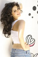 Vedhika-Latest-Photoshoot-(6)