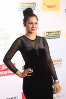 Vennela-at-Mirchi-Music-Awards-2017-Stills-(19)
