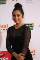 Vennela-at-Mirchi-Music-Awards-2017-Stills-(7)