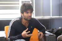 Taxiwala-Hero-Vijay-Devarakonda-Latest--Interview-Stills-(28)