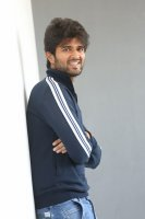 Taxiwala-Hero-Vijay-Devarakonda-Latest--Interview-Stills-(8)