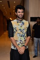 Vijay-Devarakonda-At-KLM-Mall-Logo-Launch-Stills-(3)