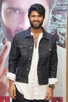 Vijay-Devarakonda-at-NOTA-Movie-Press-Meet-Photos-(1)