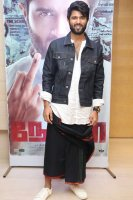 Vijay-Devarakonda-at-NOTA-Movie-Press-Meet-Photos-(2)