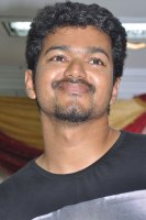 Vijay-at-Thalapathy-Anthem-Music-Album-Launch-(1)