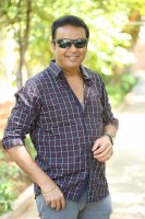 Naresh-Interview-About-Sammohanam-Movie-Photos--(3)