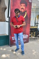 Vivek-at-Ezhumin-Trailer-Launch-Photos-(2)