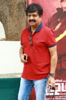 Vivek-at-Ezhumin-Trailer-Launch-Photos-(5)